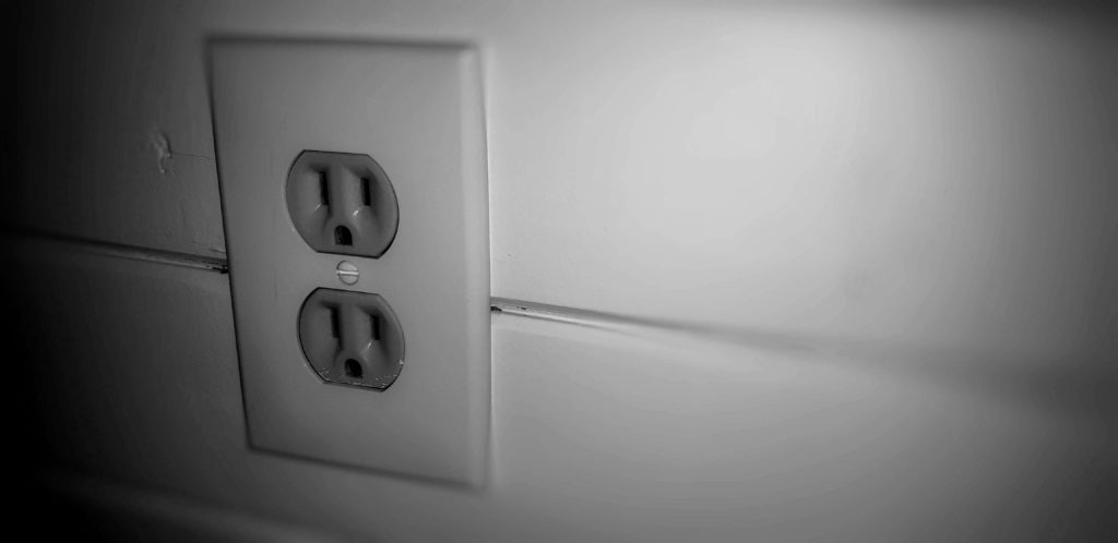Outlet to be tested